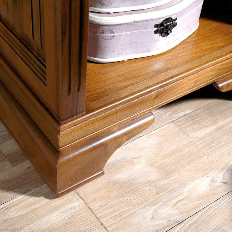 detalle mesilla clasica de madera de nogal